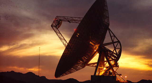 Antena tv satélite